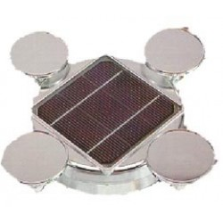 Expositor solar giratorio con células fotovoltaicas incorporadas