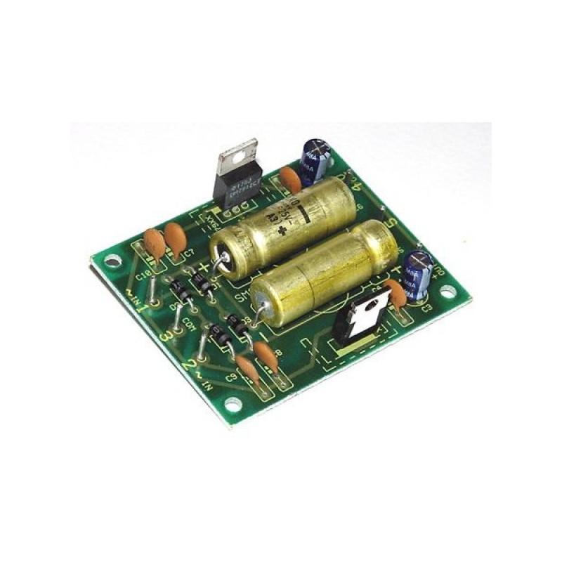 Fuente de alimentación estabilizada +-12V/0,5A