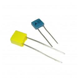 Condensador de poliéster de 6.8 nF y 63V